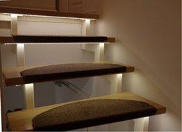 LED Treppenbeleuchtung für den Innenbereich Warmweiß für 7 Stufen je 1 Meter
